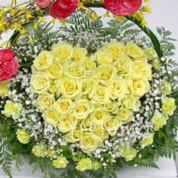 30枝黄玫瑰